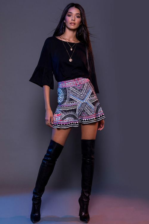 PEACE AND CHAOS BELL SLEEVE BASIC TEE - Μαύρο